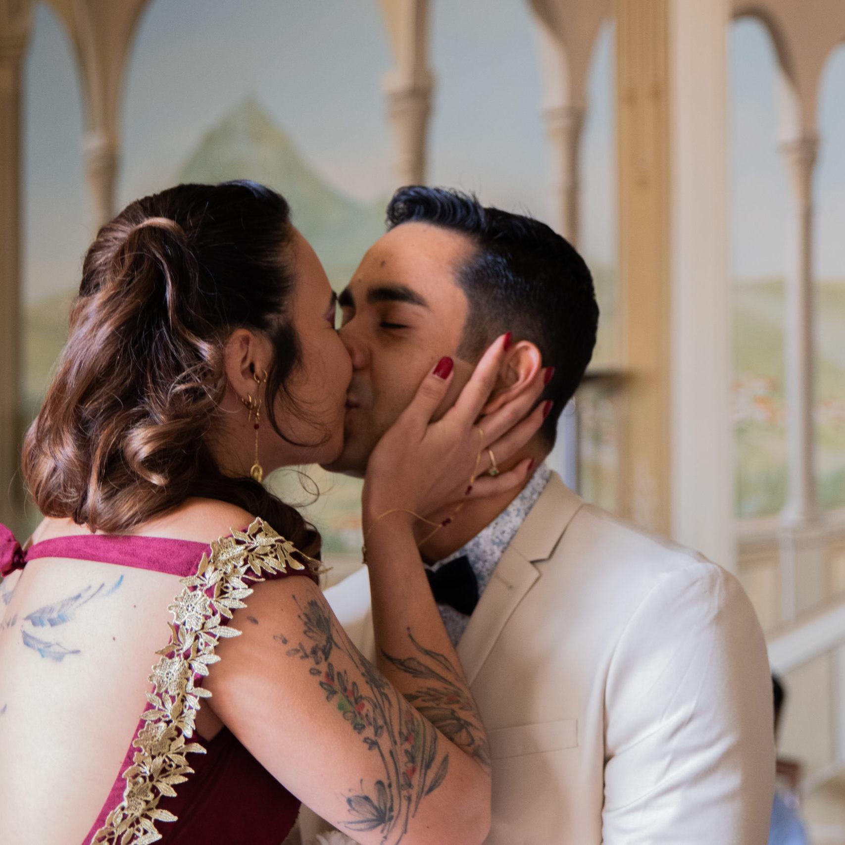 photo couple portrait mariage kissing