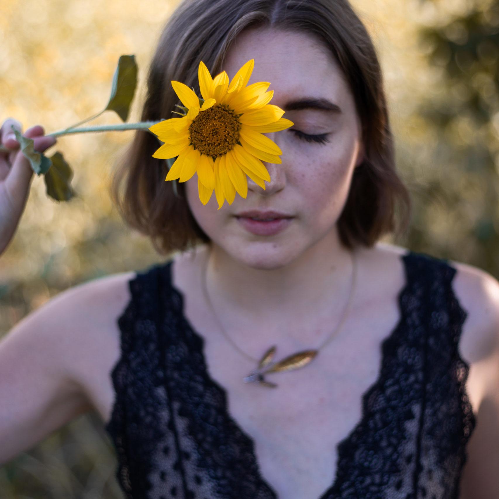 photo portrait femme fleur